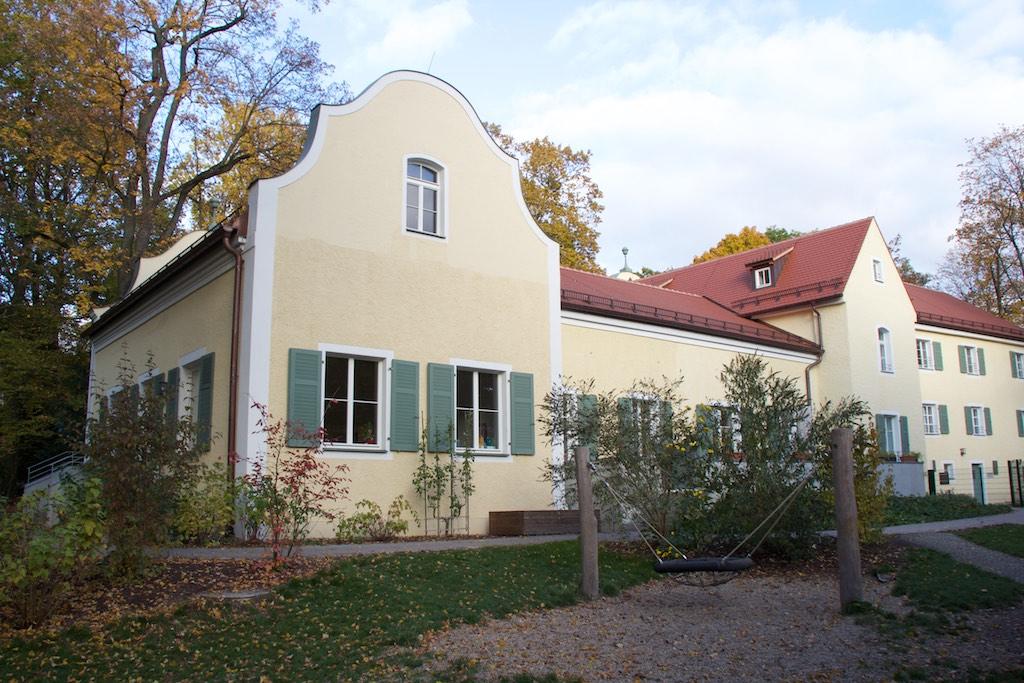 kinderhaus montessori regensburg. Black Bedroom Furniture Sets. Home Design Ideas